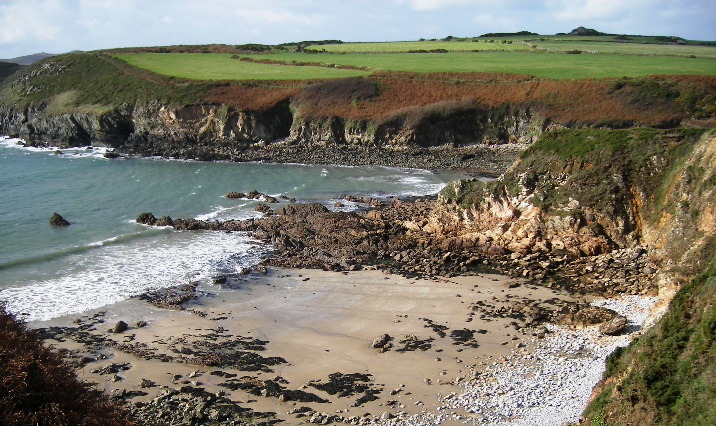 Pembrokeshire coast path – walking holiday featured image